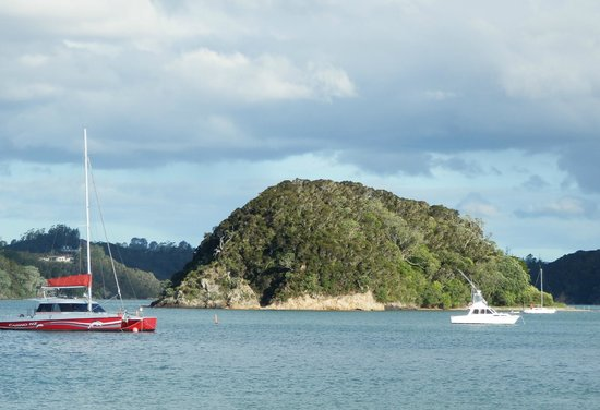 Scenic Hotel Bay of Islands: Bay area