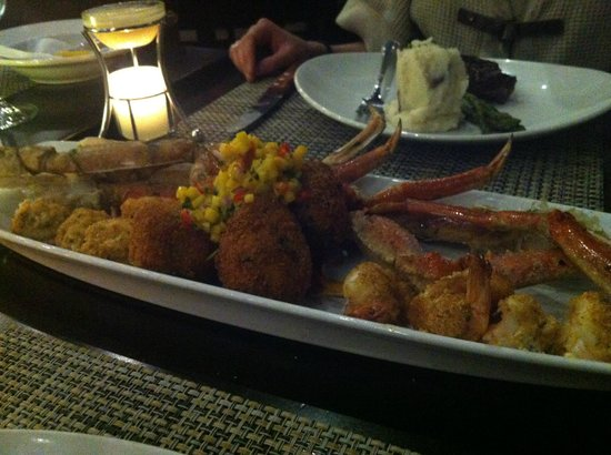 The Boathouse : Crab Platter for two