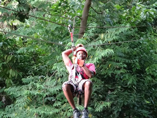 Canopy Adventure Zip Line Tours : time to go