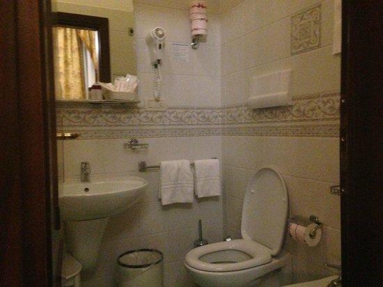 San Cassiano Residenza d'Epoca Ca' Favretto: Guestroom bathroom