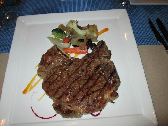 Catalonia Playa Maroma: T-Bone at the Steakhouse