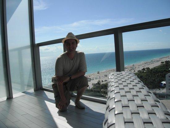 The St. Regis Bal Harbour Resort: Balcón de mi Suite