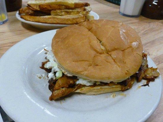 Ridgewood Barbecue: Best Pork BBQ ever...Generous Servings
