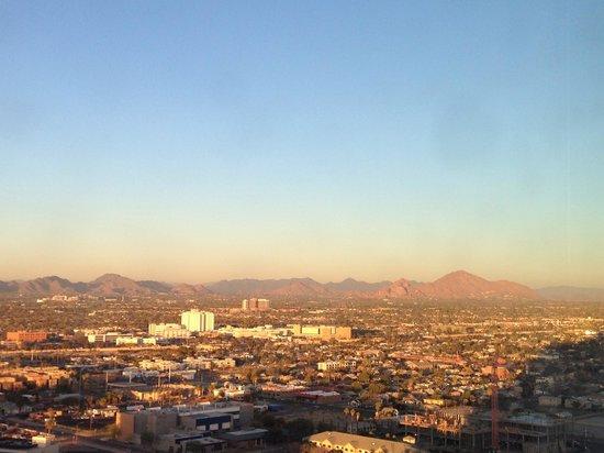 Sheraton Grand Phoenix : View .......