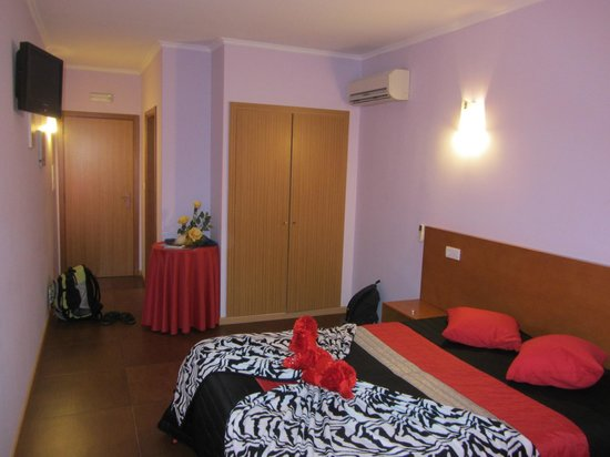 Residencial Monte Carlo: twin room