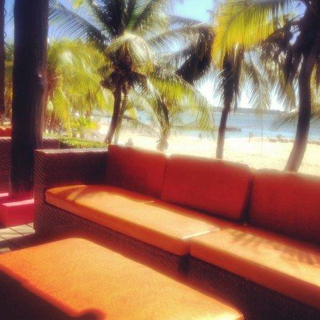 Decameron Barú: Bar de la plage