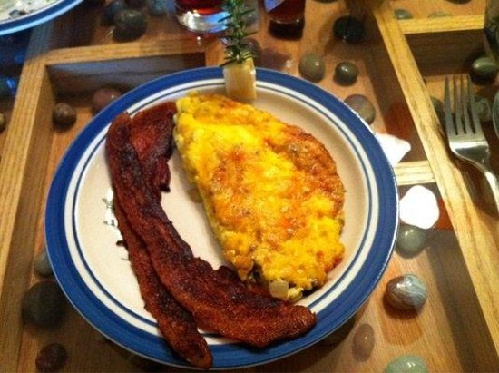 The Compass Rose Bed and Breakfast: Egg Frittata with Bacon