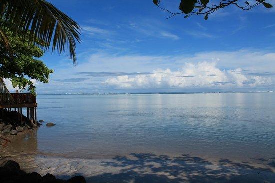 Le Uaina Beach Resort: Midday