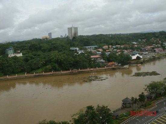 Hilton Kuching: Not islands but debris