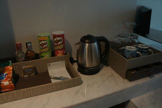 S31 Sukhumvit Hotel: Mini bar items