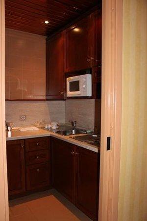ATAHOTEL The Big Residence: キッチン付でした(セミスイート)