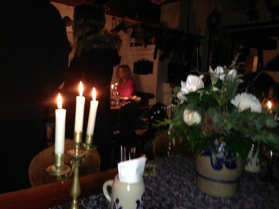 Altfrankische Weinstube : ужин при свечах