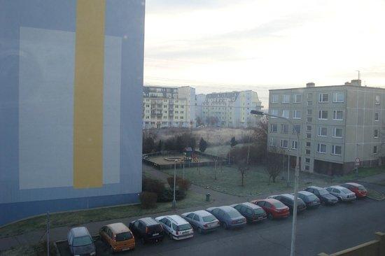 TOP HOTEL Praha: Вид из номера