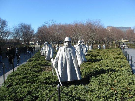 Monumento a los veteranos de la Guerra de Korea: Korean War Memorial DC