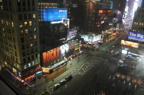 Novotel New York Times Square : Театры Бродвея