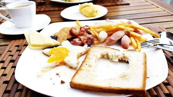 The Cliff Resort & Residences : breakfast