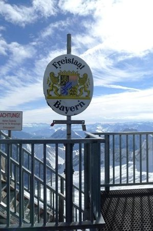 Zugspitze: sign of German part