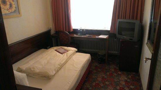 Hotel Condor: Одноместный номер в отеле Condor