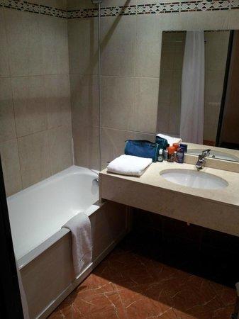 Hotel Ariane : Deluxe   Room