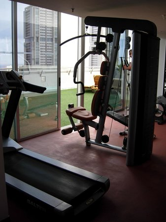 Silken Atlantida Santa Cruz : fitness centre