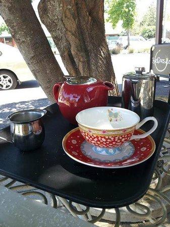 Violet Town Cafe