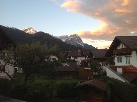 Hotel Trifthof: early evening view in the autumn - saw from room no. 10