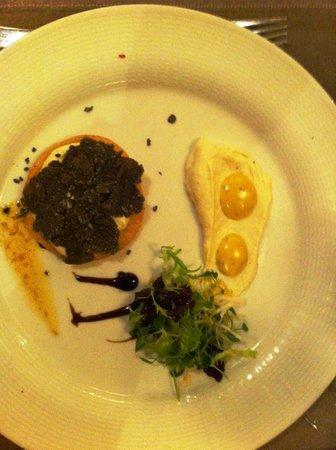 Le Vaudeville : Truffe apetizer