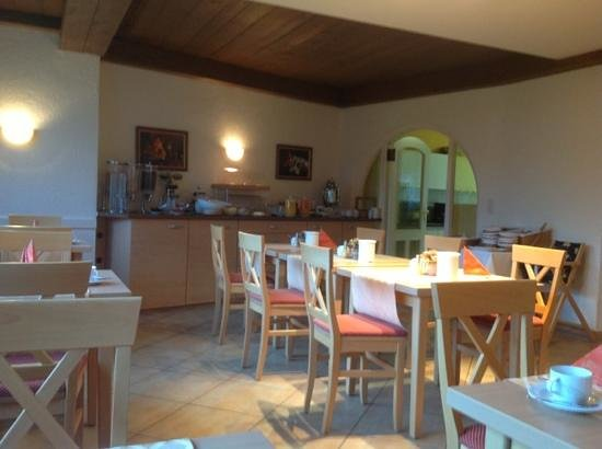Hotel Trifthof: breakfast room