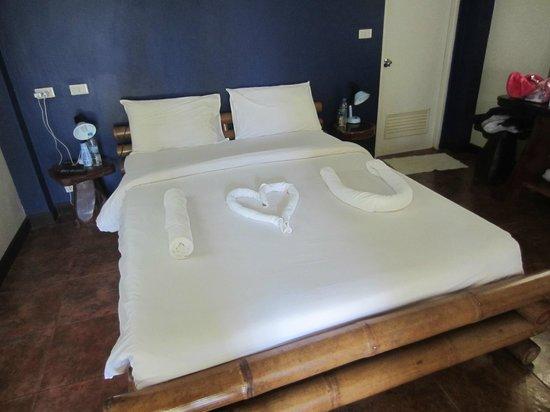 Garden Resort: Bed