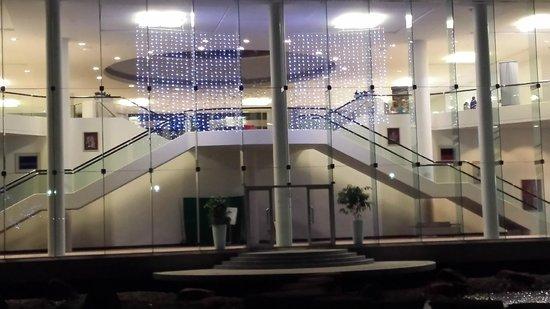 RACV Royal Pines Resort: Lobby