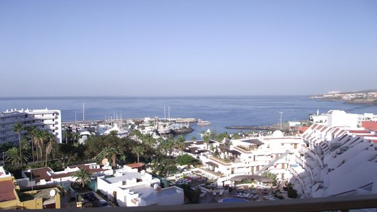 Los Geranios : View from the living room balcony