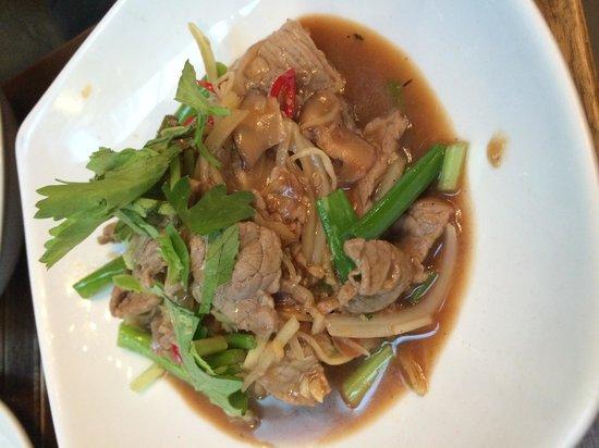 Home Thai Restaurant: Stir-fry with fresh ginger