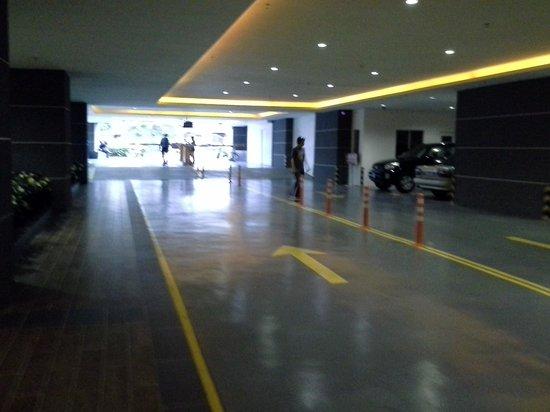 KSL Hotel & Resort: Tower Carpark