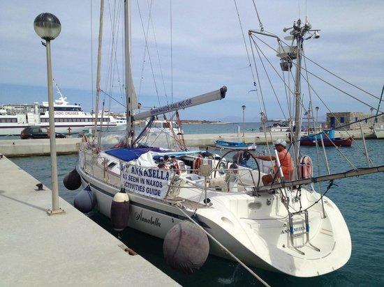 Ciudad de Naxos, Grecia: Annabella sailboat