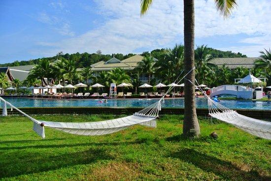 Sofitel Krabi Phokeethra Golf & Spa Resort: 풀사이드