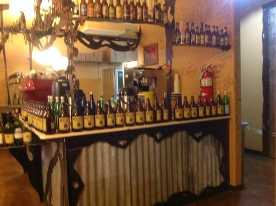 Barista's Restaurant: Quel beau bar