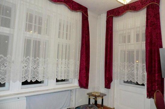 Hotel Zu den Linden: Zimmer