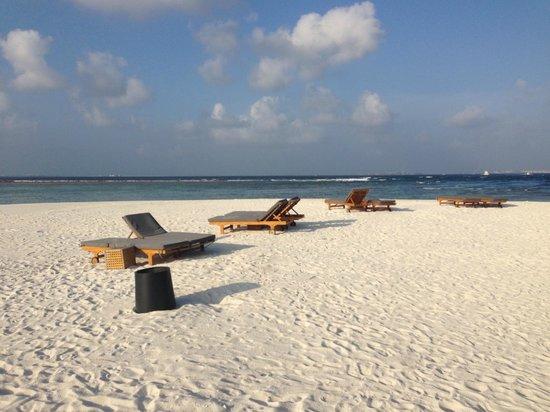 Adaaran Prestige Vadoo: Почти безлюдный пляж