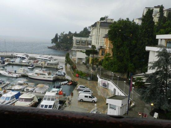 Remisens Hotel Admiral: Vista do apartamento para o mar