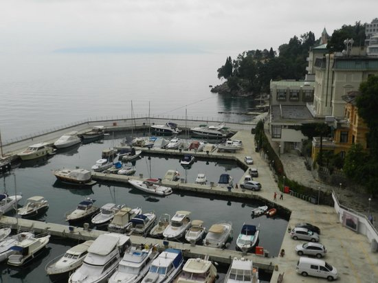 Remisens Hotel Admiral: Vista do apartamento