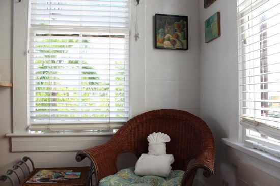 Key West Bed and Breakfast: Nun's room