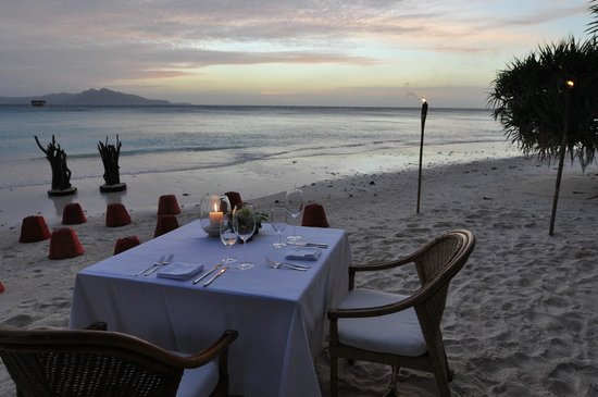 Amanpulo: Set up for our private beach barbecue