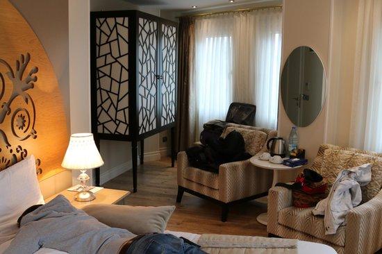 Katelya Hotel: номер уловой на втором этаже
