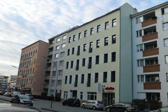 Acama Schöneberg Hotel+Hostel: Außenansicht