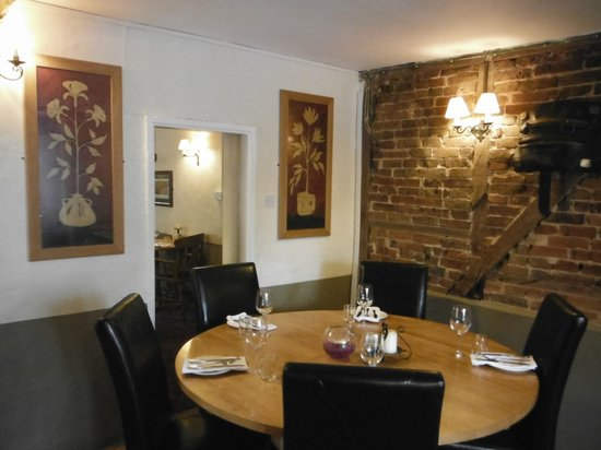 Ye Olde George Inn: Restaurant