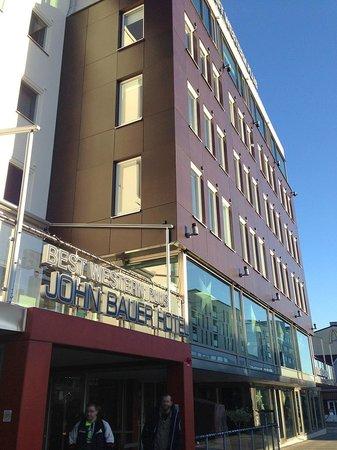 Best Western Plus John Bauer Hotel: External view, entrance