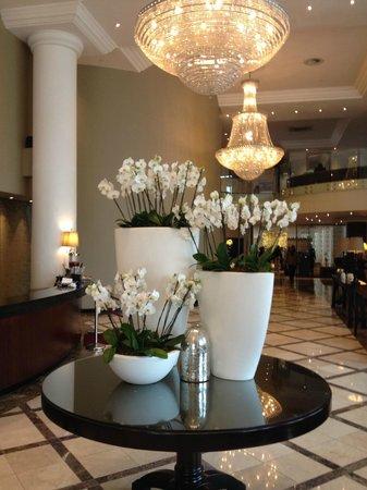 Holiday Inn Sandton - Rivonia Road: Lobby