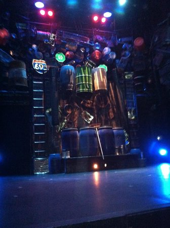 Stomp: Upper portion of stage