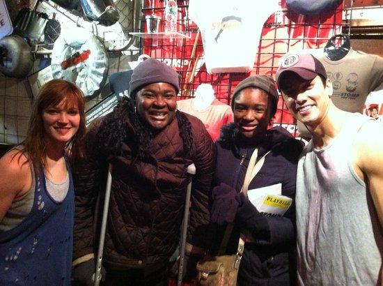 Stomp: Pics with the Cast
