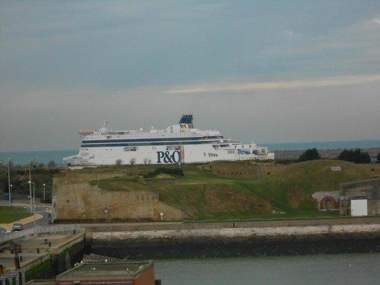 Holiday Inn - Calais : vue de notre chambre